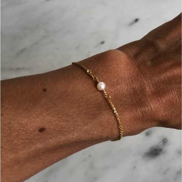 Simplicity Pearl armband